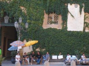Senzacasa davanti al Municipio di Agrigento